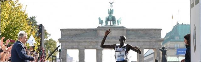 photo Marathon Berlin 2014 finish line