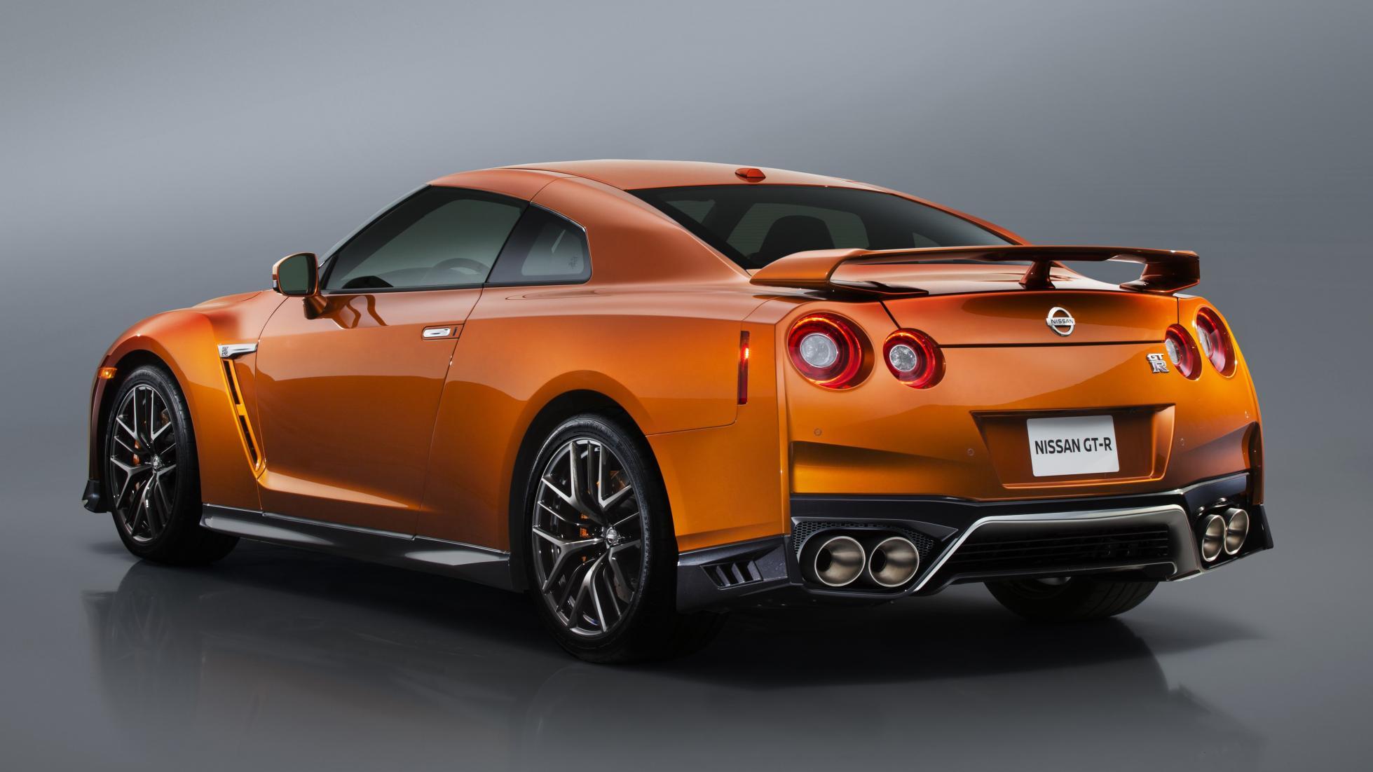 photo Nissan GTR 2016