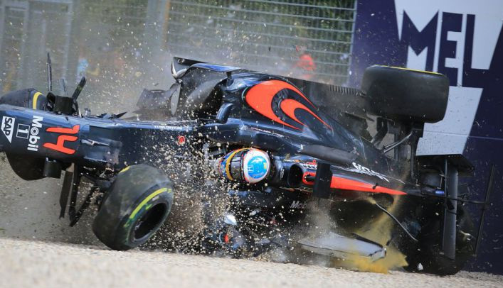 accident crash alonso f1 australie