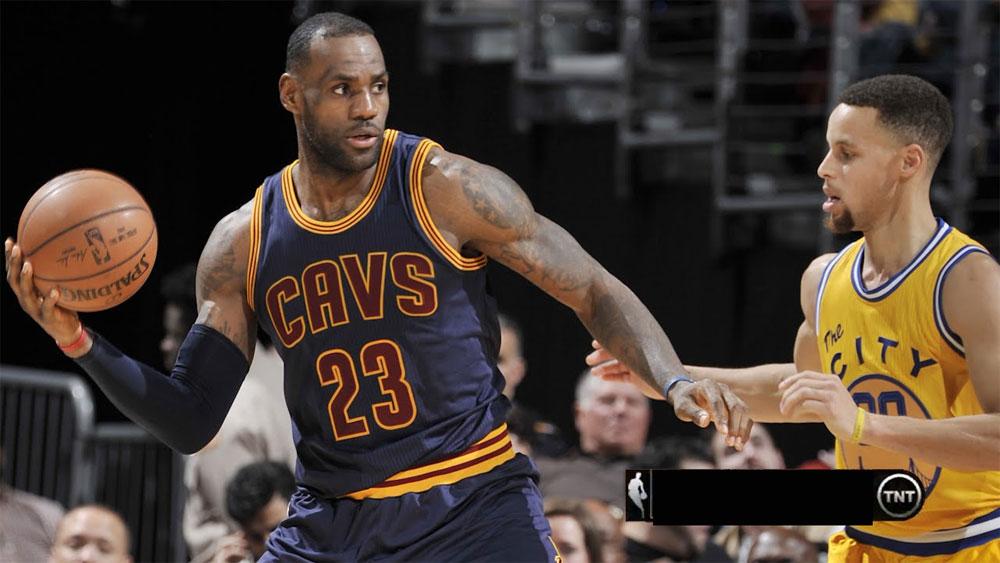 photo LeBron James vs Stephen Curry