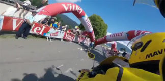 tour de france accident gonflable