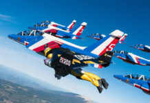 jetman armee air patrouille de france avion aile reaction
